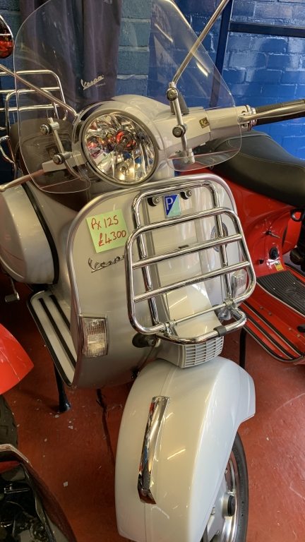 Vespa PX125 Limited Edition